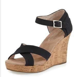 TOMS like new black strappy wedge sandals